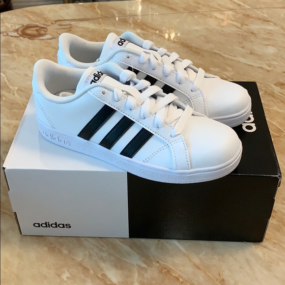 white adidas sneakers with black stripes cheap online